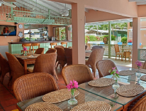 Courtyard Bistro at Worthing Court Apartment Hotels, Christ Church, Barbados